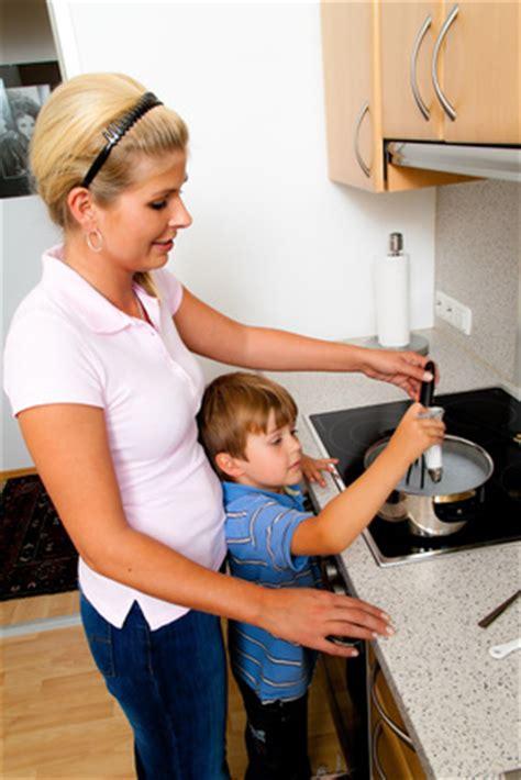 küche auf rechnung wie erzieht kinder altersgerecht schulranzen berater