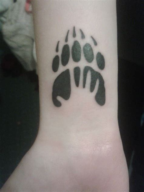 bear paw tattoos designs ideas  meaning tattoos