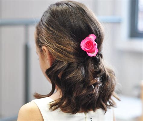 create  classic curl hairstyle  girls