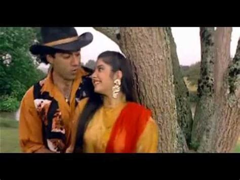 aankhon mein hai kya full video song hq vishwatma