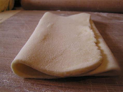 tour pate feuilletee p 226 te feuillet 233 e invers 233 e et feuillet 233 s au fromage panier de saison