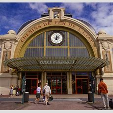 Queue 'projectsfrench Train Stations'  Philip Gould Photography