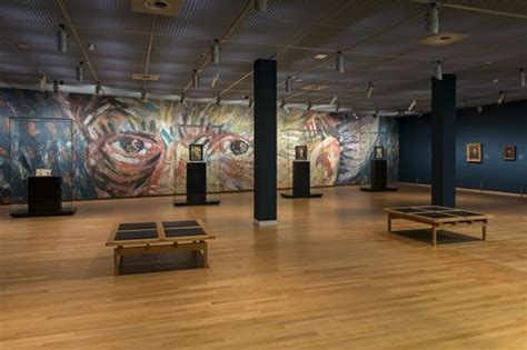 Amsterdam Museum Foundation by Exhibition On Screen Vincent Van Gogh A New Way Of