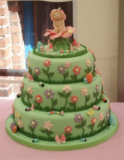 girls christening cake  flowers cakejournalcom