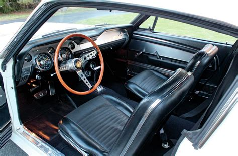 ford mustang shelby gt  interior photo