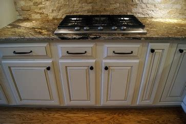 white kitchen cabinets images 273 best images about granite with white cabinets on 1355