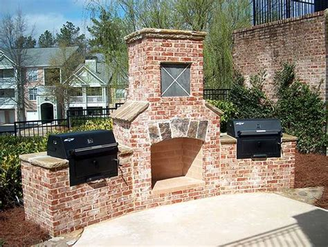 Outdoor Fireplace Plans  Easy And Attractive To Look At