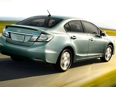 2015 Honda Civic Hybrid Mpg by 10 Cars That Get Better Than 40 Mpg Autobytel