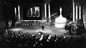 Oscars: Flashback Inside the First Televised Ceremony ...