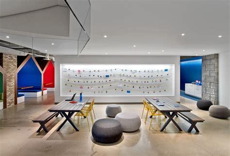 A Tour of LinkedIn's Beautiful New Toronto Office