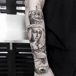 Kreuz Tattoo Arm : 1001 ideen und inspirationen f r ein cooles unterarm tattoo tattoos pinterest tattoo ~ Frokenaadalensverden.com Haus und Dekorationen