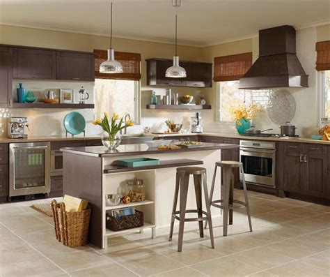 shaker style cabinets  casual kitchen kitchen craft