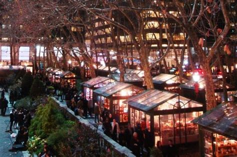 shop  bryant park  essential      york