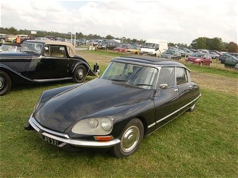 Classic Citroen by Citroen Ds Review Classic Cars For Sale Uk