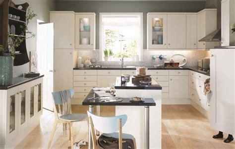 Flaxley Kitchen, Colonial Kitchens Range, Ashgrove Home