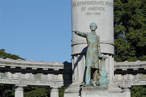 virginians  confederate monuments left  place remainder split  actions