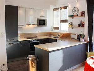 univers cuisine noir laque plan de travail bois plan de With meuble bar pour cuisine ouverte 7 cuisine noire et bois un espace moderne et intrigant