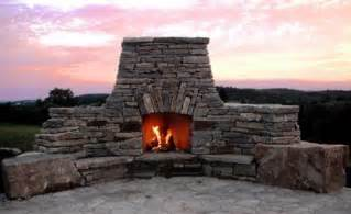 Building Stone Fireplace by Build A Stone Fireplace Resources To Help You Stack It