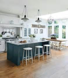 best kitchen island design best 25 kitchen islands ideas on island design kitchen layouts and kitchen island