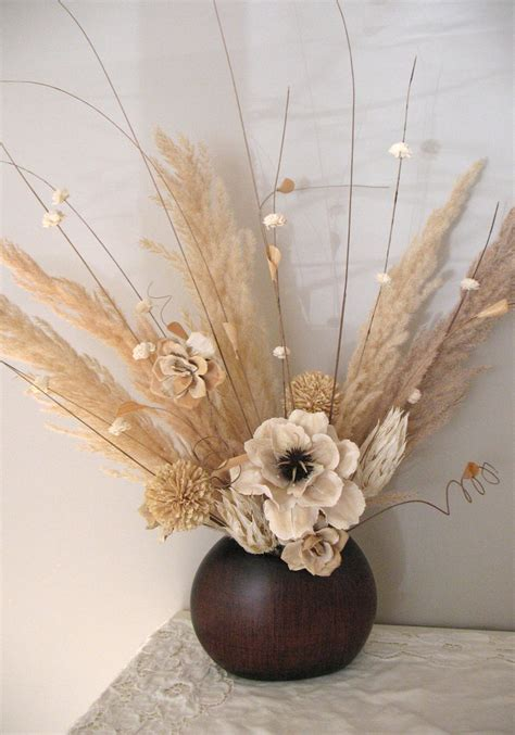Dried Flower Arrangements In Vases by Flower Arrangement Using Soft Neutrals Projects To