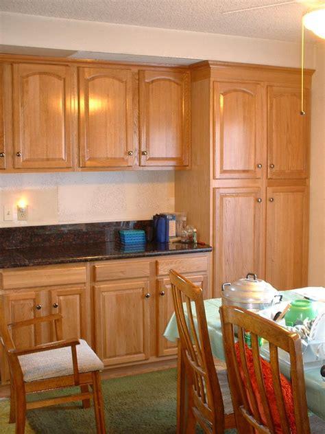 Update Cheap Light Oak Honey Kitchen Cabinets — Railing
