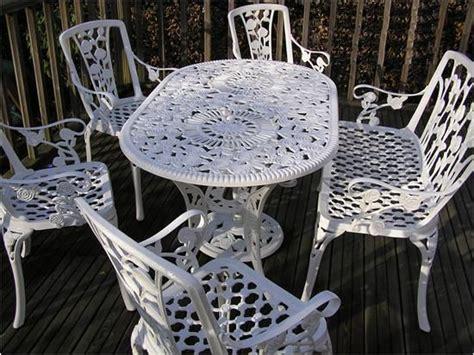 cast aluminum white cast aluminum patio furniture
