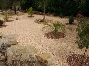 gravier decoratif marbre rouge gravier jardin allee en With allee de jardin en cailloux 15 gravier decoratif home pro fr