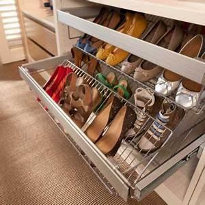 Rangement Chaussures Penderie : accessoire placard chaussures ~ Premium-room.com Idées de Décoration