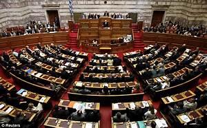 Eurozone crisis: Greek PM George Papandreou stands down ...