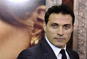 Who Is Rufus Sewell? His Wife, Son, Daughter, Girlfriend ...