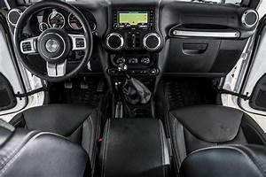 2016 Used Jeep Wrangler Unlimited 4wd 4dr Rubicon At