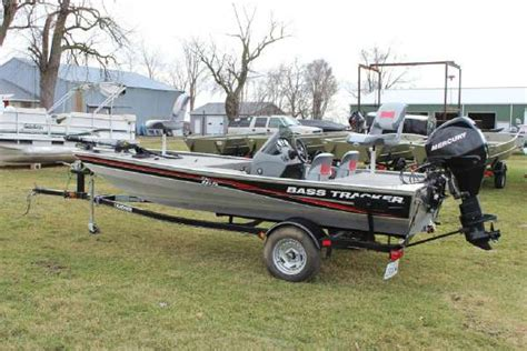 Tracker Pro 165 Boats For Sale by Tracker Pro Team 165 Boats For Sale
