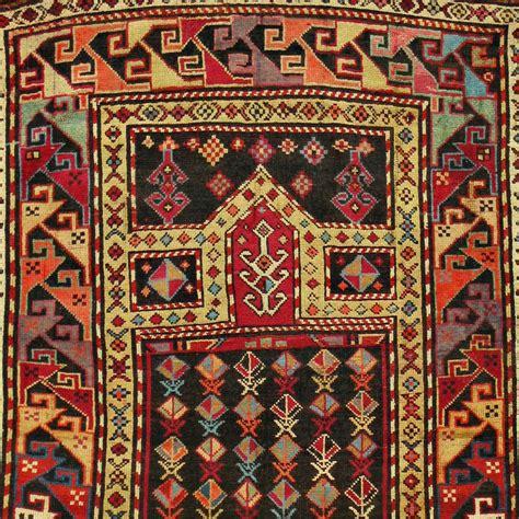 tappeti caucasici tappeto caucasico antico preghiera caucasica 3 carpetbroker