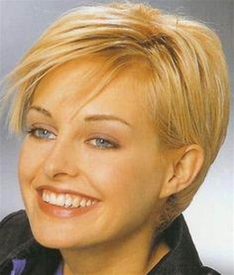 short haircuts for thin straight hair