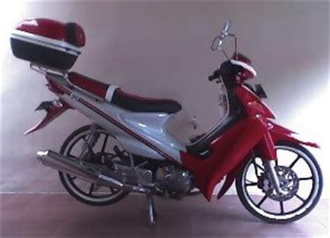 Modif Suzuki Smash 2005 by Foto Gambar Modifikasi Motor Balap
