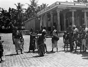 Nila Tamaraa PHOTOGRAPHY EXHIBITION GAST IN INDIA