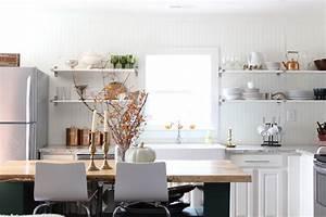 decouvrir la beaute de la petite cuisine ouverte With kitchen cabinets lowes with papier cadeau de noel