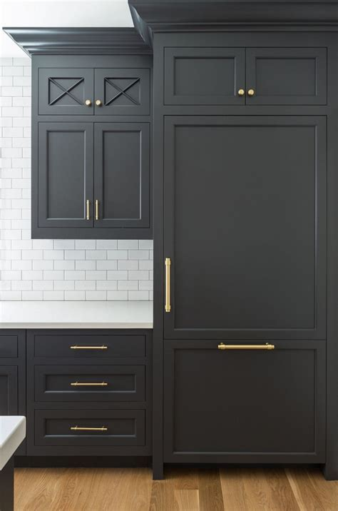 Hot New Kitchen Trend: Dark Cabinets, Subway Tile