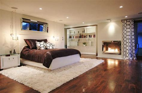 10 Beautiful Area Rugs For The Bedroom