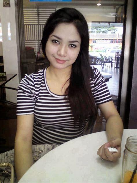 Awek Gadis Melayu Lucah Bogel Tetek Seksi Tudung Seksi