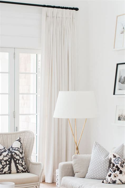 White Drapes In Living Room by Cozy Up Your Home Design School Linen Curtains