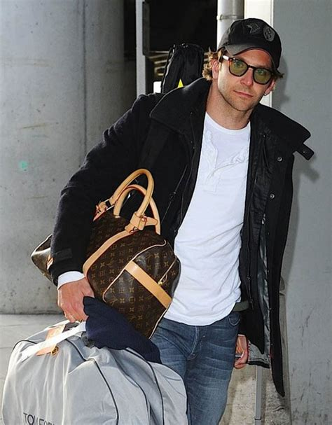 celebs   louis vuitton luggage  hand  hand luxurylaunches