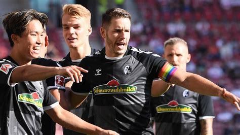 Aug 11, 2021 · sc freiburg converted 6 shots on target out of 11 shots attempted which gave them a 54.5% rate in their last game. SC Freiburg: Darum trug Kapitän Günter die Regenbogen ...