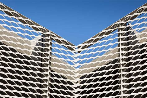 Expanded Mesh Facades Cladding and Sunscreen