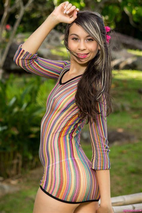 Nn Models Sets 100 Nonude Models Still Full Set Pink Boa 500 Photos Stm 100 01232005