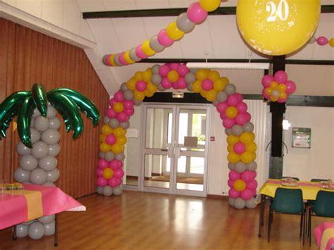 deco salle des fetes pour anniversaire decoration ballon pour mariage et fete