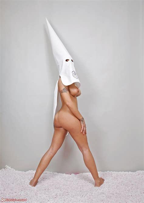Nude Kkk Milf Wtf Picture Of The Day Nickscipio Com