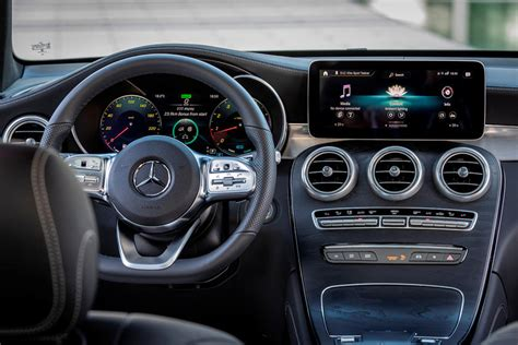 I'm sure the front and interior will be killer.but this rear doesn't look too good (at least in this render pic, maybe irl it will. 2021 Mercedes-Benz GLC-Class Coupe Interior Photos | CarBuzz