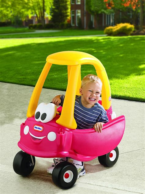 kid play car little tikes cozy coupe