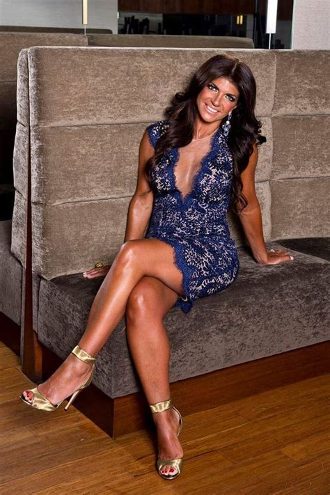 sexiest teresa giudice pictures    crowd puller